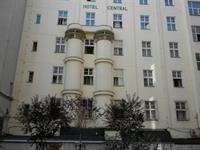 Špaletová okna pro hotel Central